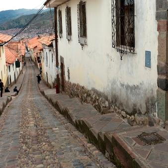 Maisons le long d'une ruelle, vallée sacrée, machu picchu, cuzco, pérou