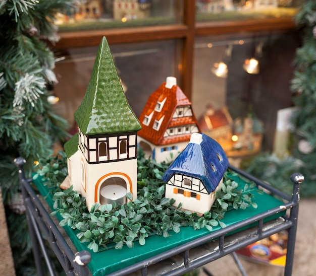 Maisons en porcelaine, souvenirs typiques rothenburg ob der tauber