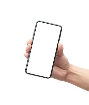 Mâle main tenant le smartphone noir avec écran blanc isolé