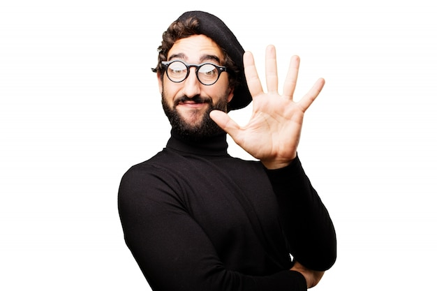 Man avec cinq doigts levés
