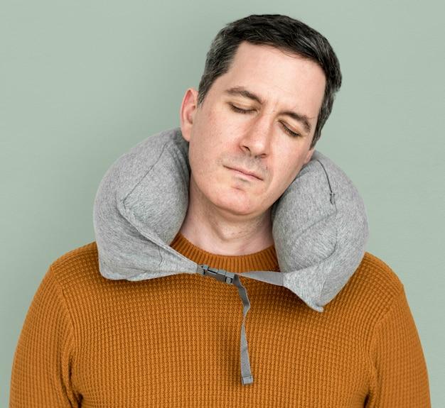 Man neck pilow relaxation de sommeil confortable