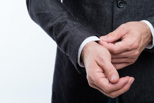 Manchon de réglage de l'homme d'affaires. style et mode d'entreprise.