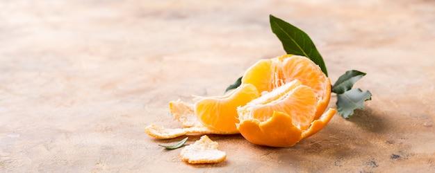 Mandarine mandarine pelée fraîche