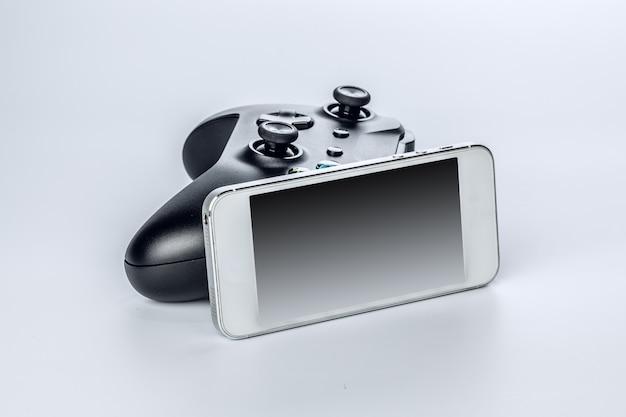 Manette de jeu avec smartphone