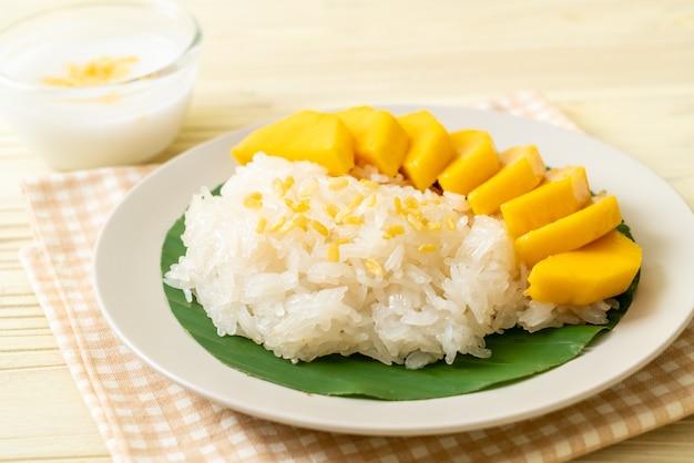 Mangue avec riz gluant