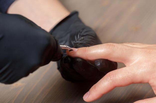 Manucure professionnelle pour homme