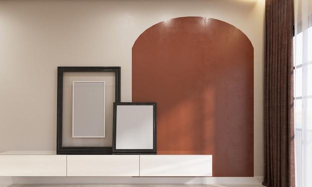 Maquette de cadre photo avec mur décoratif en arc et lumière du jour de la fenêtre.