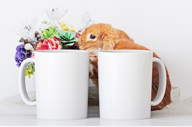 Maquette de deux tasses blanches