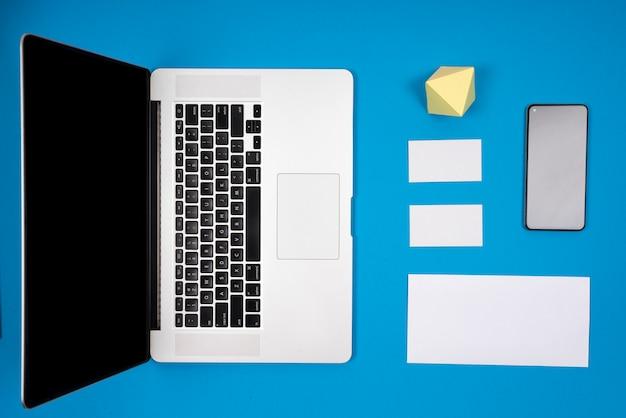 Maquette de marque pour ordinateur portable