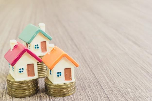 Maquettes miniatures d'immeubles d'habitation et d'habitation