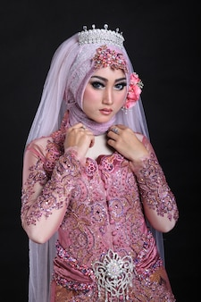 Maquillage musulman et mariage à la mode