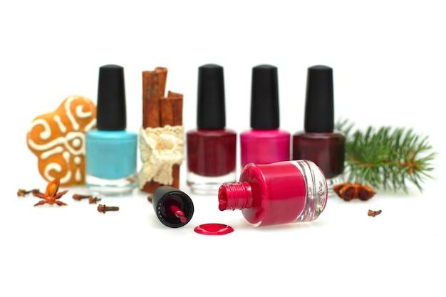 Maquillage de vernis à ongles pour une fête du nouvel an