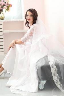 Mariage, mariée dans sa robe