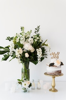 Mariage nature morte avec des fleurs