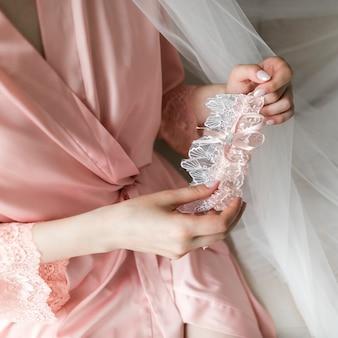 Mariée avec jarretière
