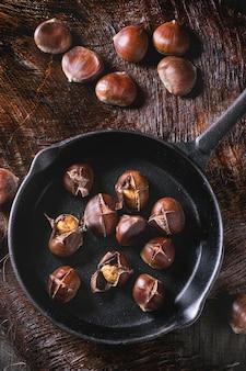 Marrons cuits au four