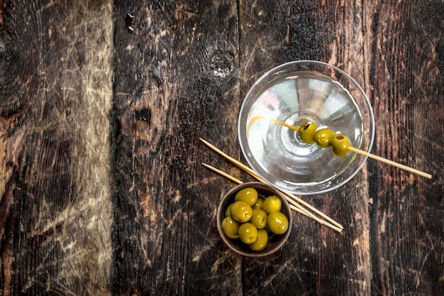 Martini aux olives.