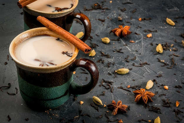 Masala chai indien traditionnel
