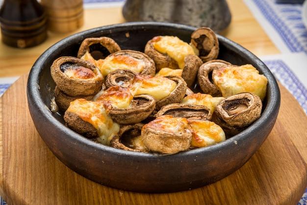 Mashrooms rôtis, cuisine géorgienne