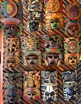 Masque en bois mexicain fait main faces en bois
