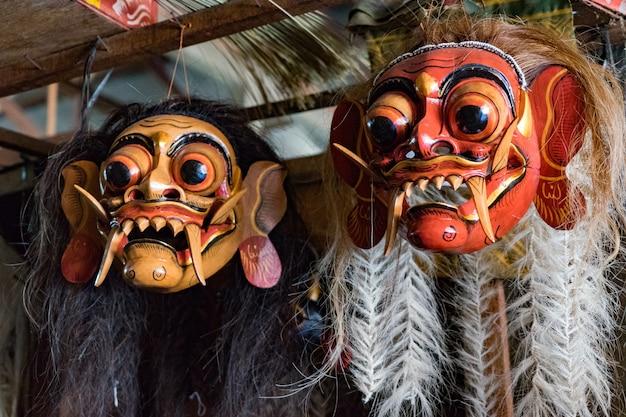 Masque fait de masque de magasin de bois à bali, shopping à bali (indonésie)
