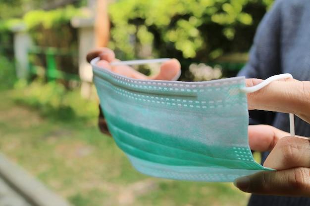 Masque de protection médical à utiliser pour la protection de la santé contre les virus
