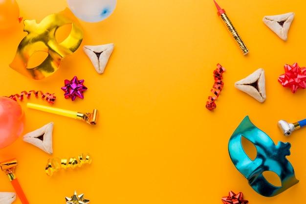 Masques de carnaval colorés avec espace copie
