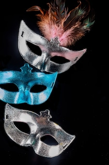 Masques de carnaval de tradition pour mascarade. fête juive de pourim.