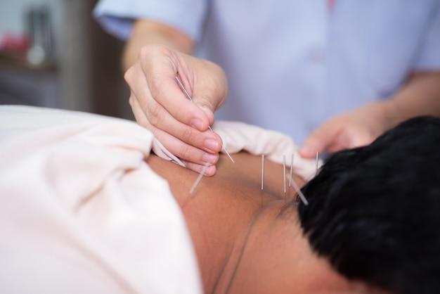 Massage d'acupuncture