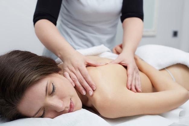 Massage au club de bien-être