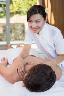 Masseuse, masseur, masseurs, dos, centre spa