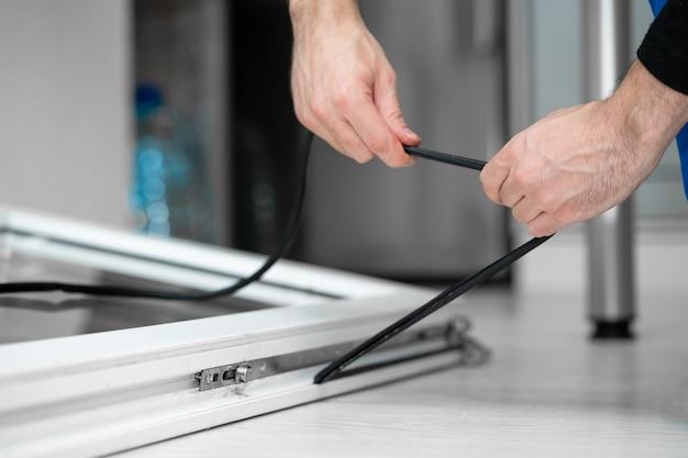 Master professionnel en réparation et installation de fenêtres