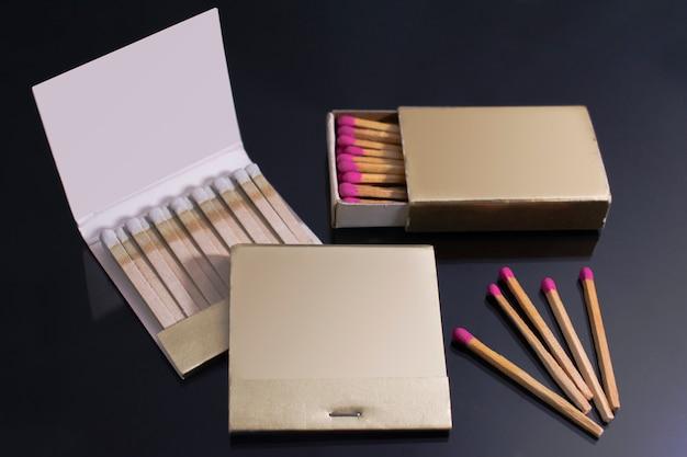 Match de maquette de collection de livres. papier vierge boîte d'allumettes