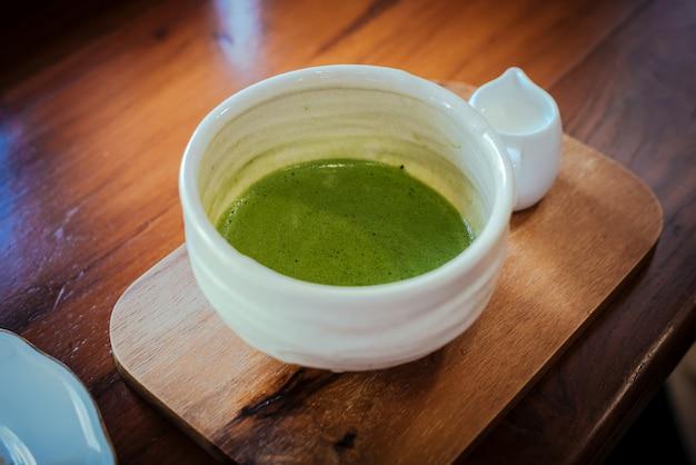 Matcha, thé vert, une boisson préférée du japonais