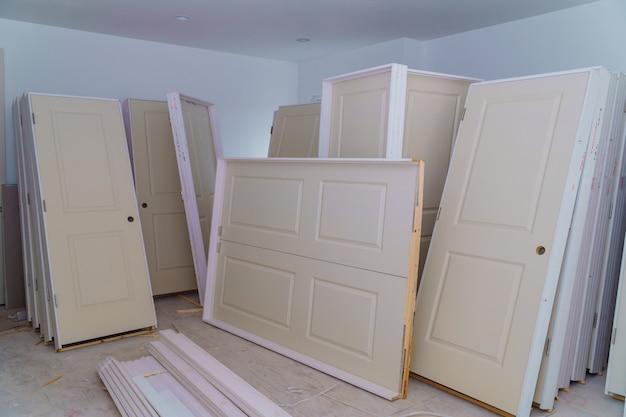 Le matériel à réparer dans un appartement est en construction, en rénovation, en reconstruction