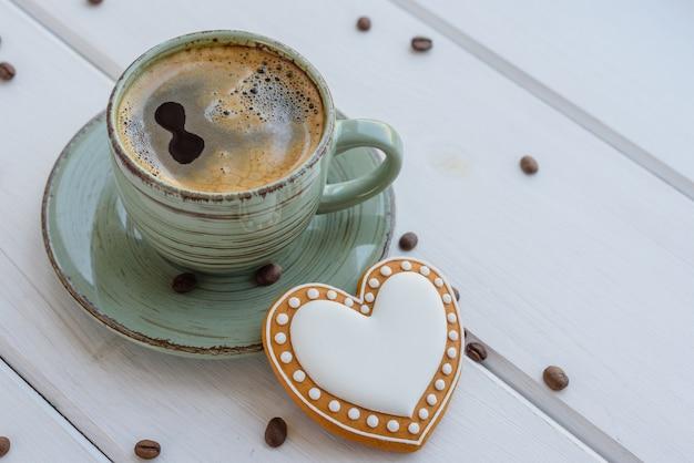 Matin de noël avec café parfumé
