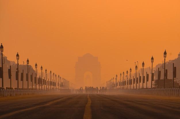 Les matins de la porte de l'inde.