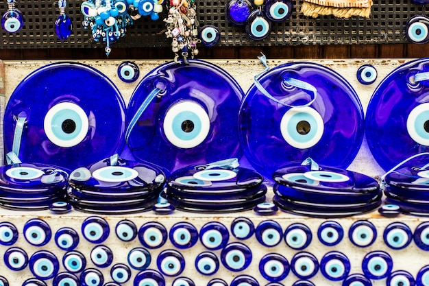 Mauvais œil - amulette turque sur le bazar à istanbul