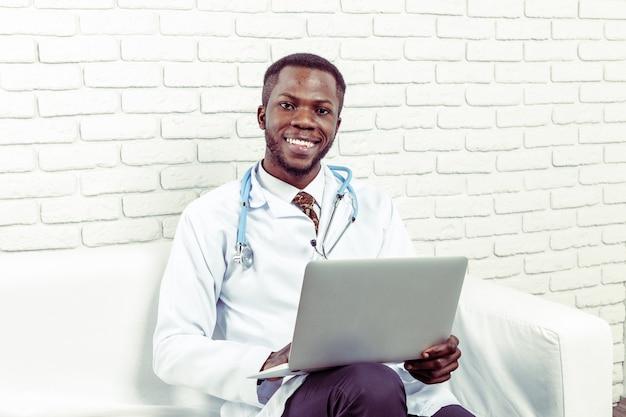 Médecin homme médecin