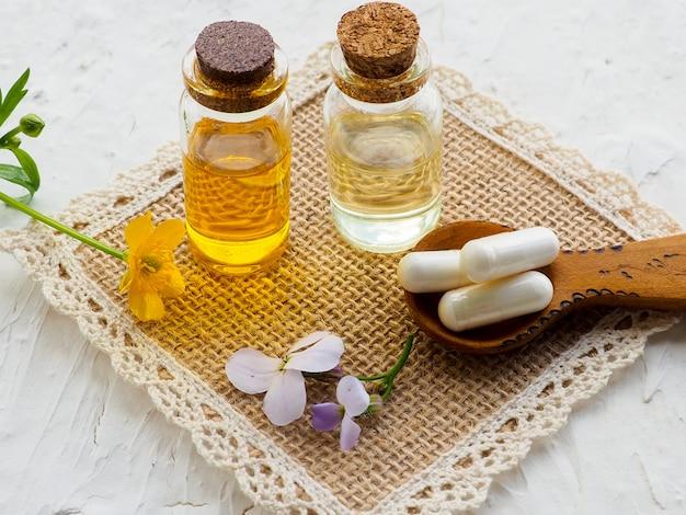 Médecine alternative avec des pilules à base de plantes