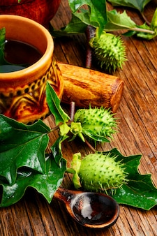 Médecine d'herbes naturelles, datura