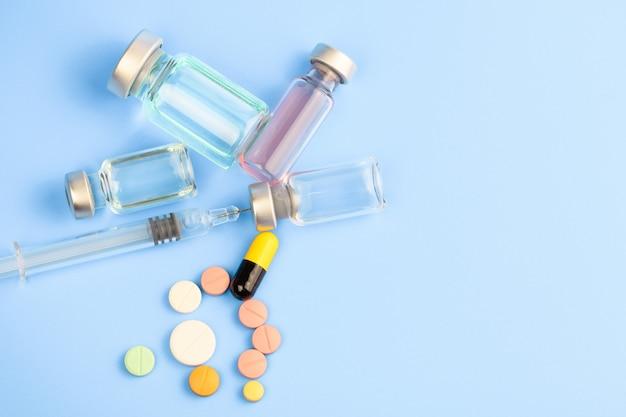 Médecine, pilules et vaccin