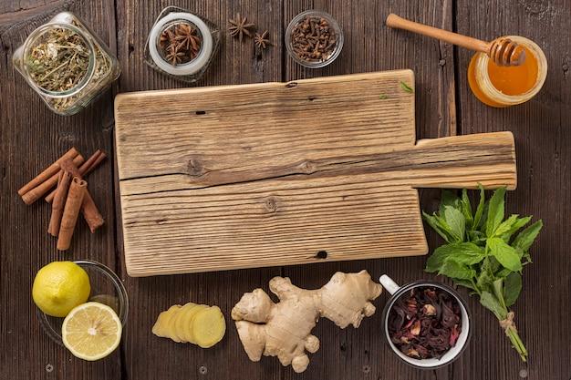 Médecine traditionnelle, vieilles recettes de médecine traditionnelle. herbes chinoises traditionnelles utilisées en phytothérapie alternative
