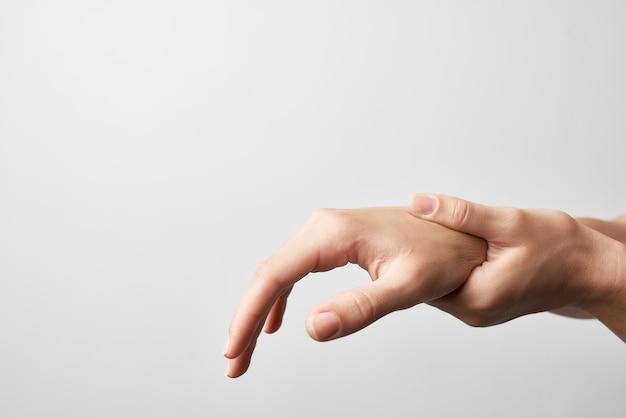 Médecine de traitement de problèmes de santé d'arthrite de blessure commune de main