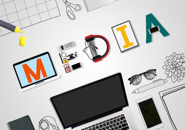 Media entertainment broadcast communication concept multimédia