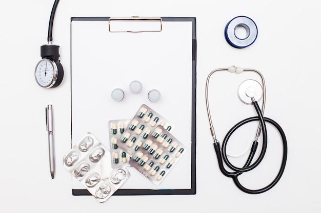 Médicament médical, mesure du diagnostic d'instrument médical
