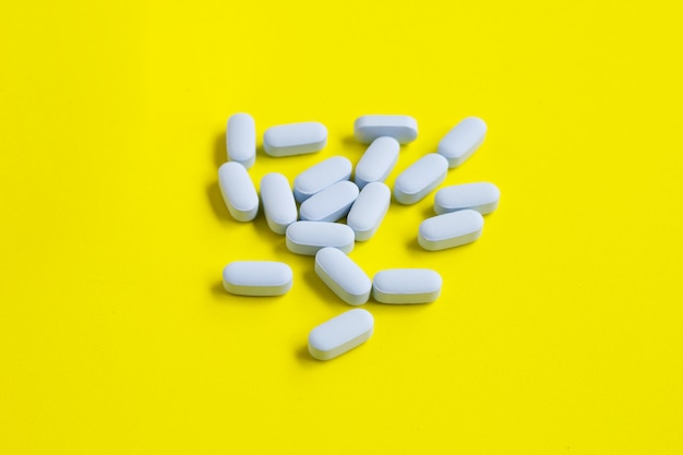 Médicaments anti-vih positifs capsule de mauvais doigts