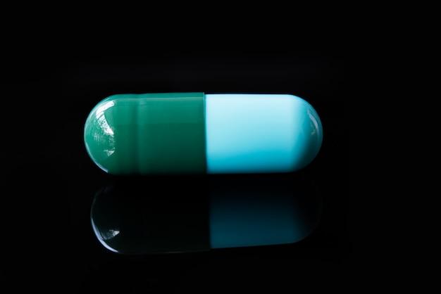 Médicaments en noir