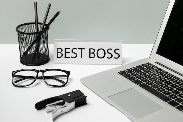 Meilleur texte de patron avec élément de bureau