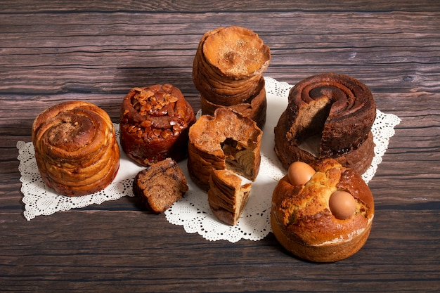 Mélange de gâteaux folais portugais